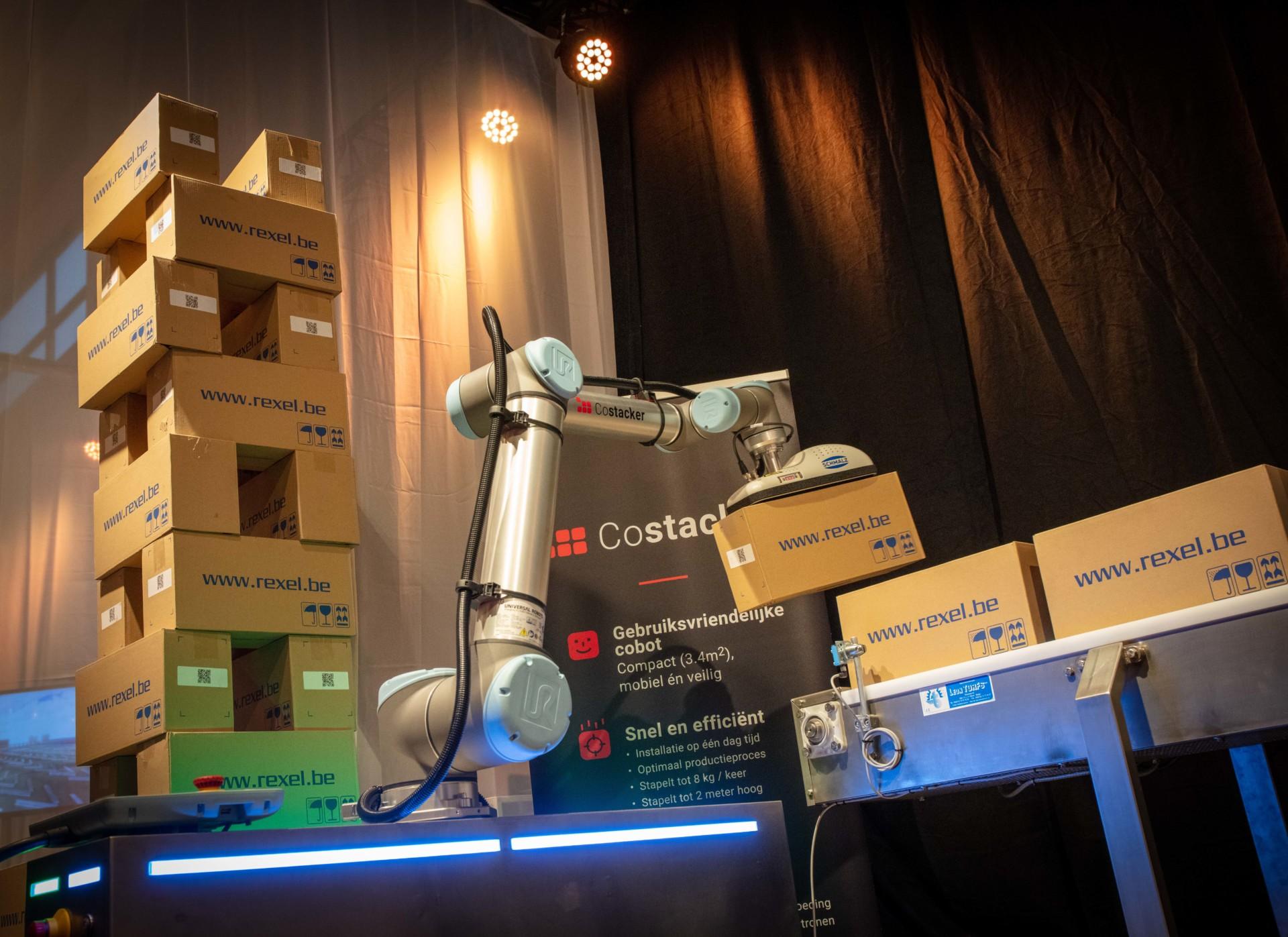 Costacker: Compact palletizer