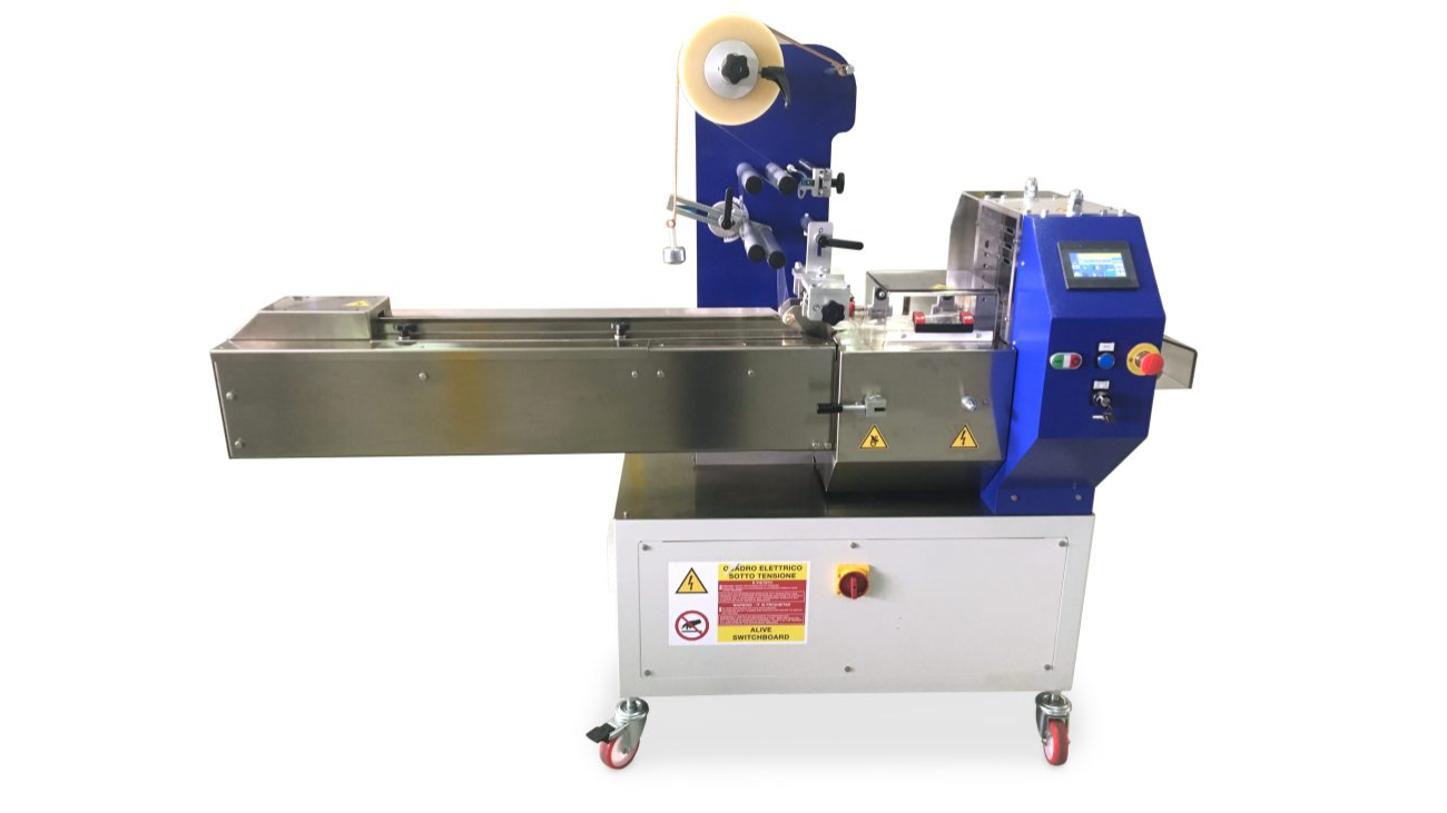 DIBIFLOW 300: compacte horizontale flowpack machine