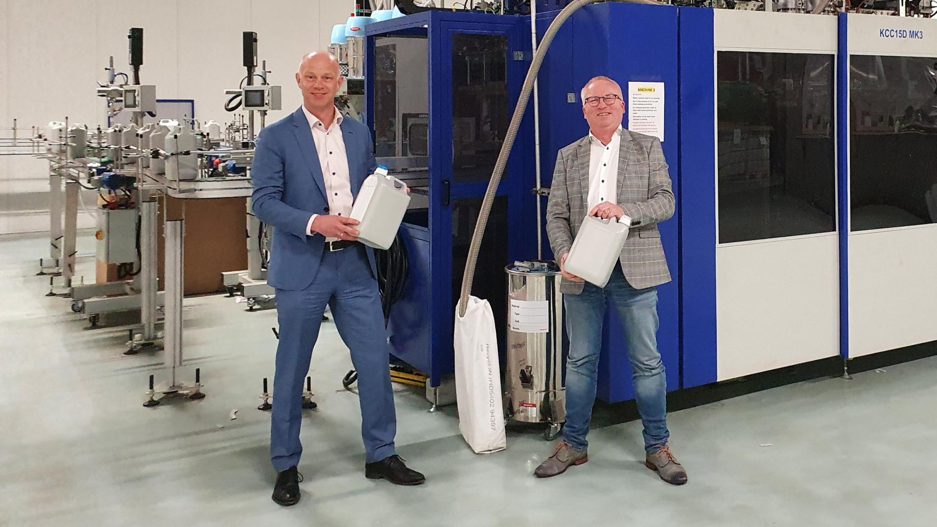 NIEUW: jerrycan van 100% gerecycled kunststof met zichtstreep